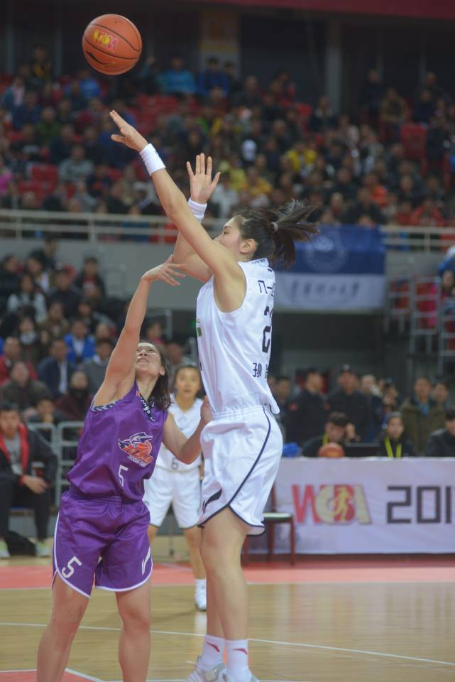 最后2分30秒全队进入得分荒 八一女篮主场告负
