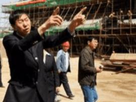 耿彦波赴明太原县城复建工程现场办公