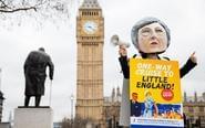 英国开始脱欧程序民众抗议