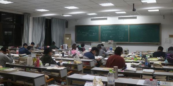 当考研遇上国庆假期 青岛高校学生太拼了