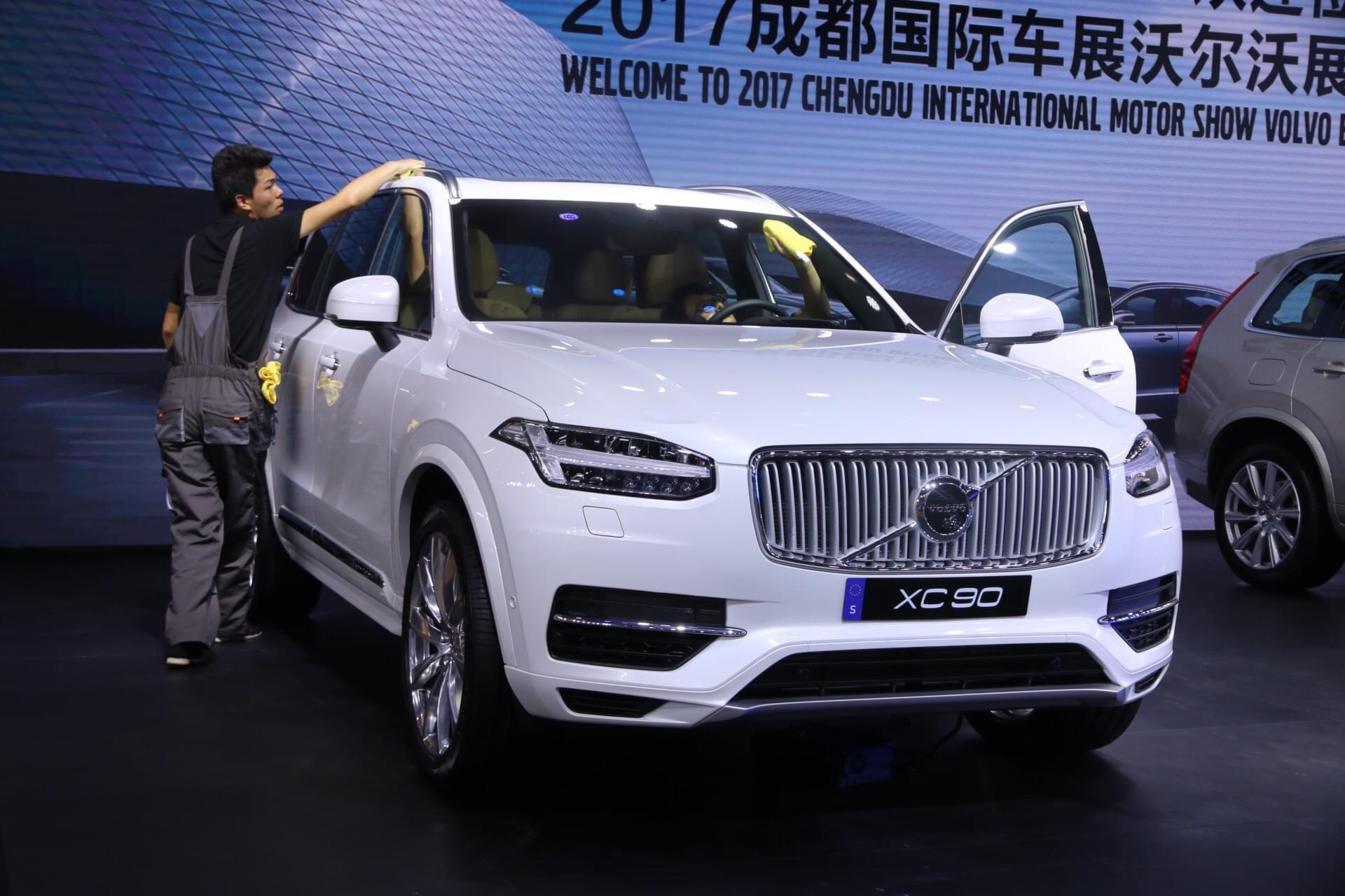2017成都车展探馆:新款沃尔沃XC90 T8车型