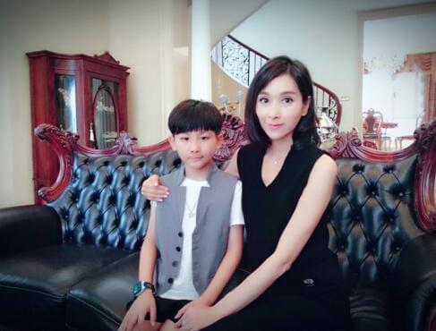 电影《微商》热拍 演员林宸锐化身杨恭如儿子