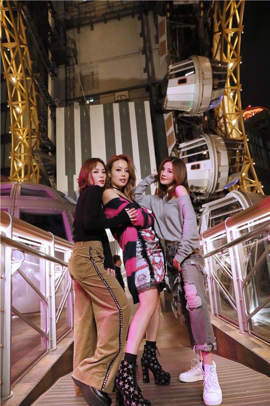 容祖儿+Twins=《全副舞装》 新歌上线画风新起