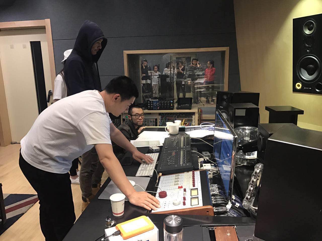 朴树新专辑录音花絮曝光 4月30日新碟独家上线