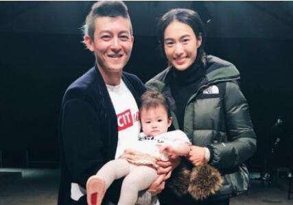 陈冠希是潮流控 秦舒培和女儿Alaia也已无法自拔