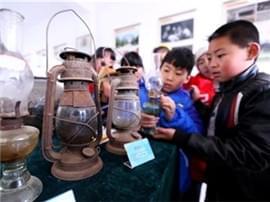 即墨村民自筹数百件农具建民俗馆 已免费开放