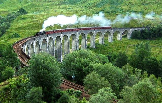 世界最美的铁路旅行线路 你坐过几条?