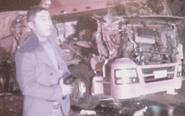 驾驶员行驶途中欲吃瓜子 致两货车相撞
