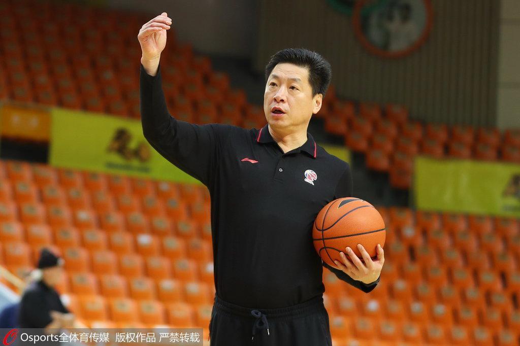 李春江:经历第一场大家会有转变 今晚会力拼对手