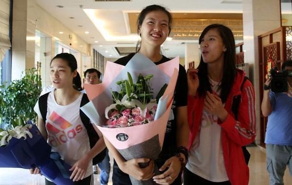 中国女排抵北仑备战大奖赛