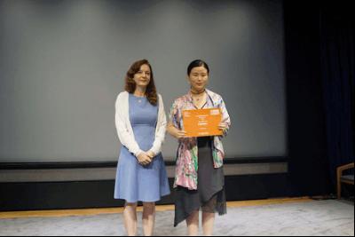 刘潇珂处女作《抱养奇缘》获国际女性影展一等奖