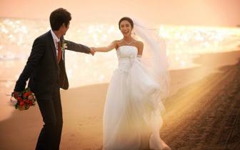 """""""美丽的你 时光相伴""""最美婚纱秀演绎最动人那一刻"""