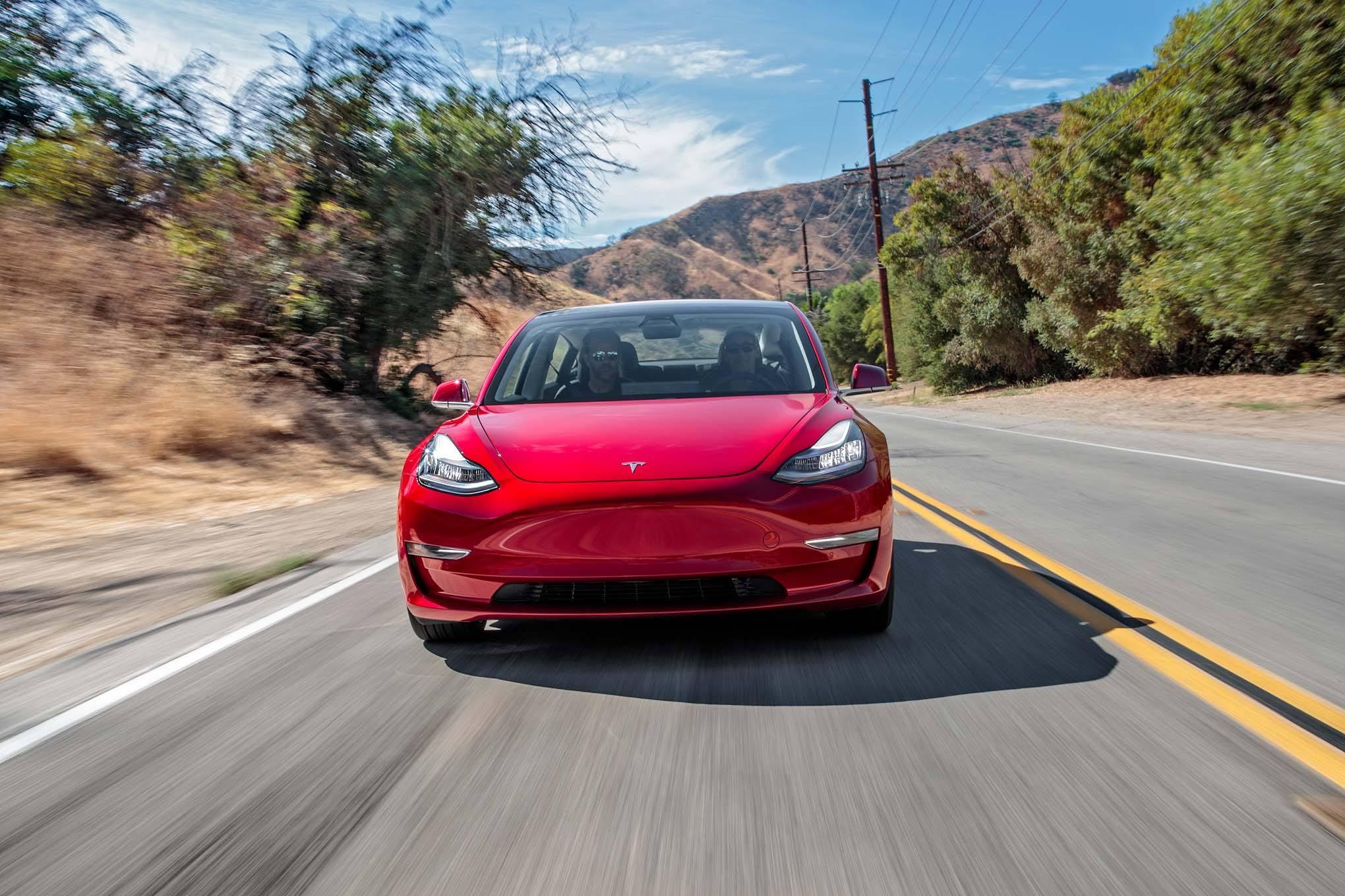 马斯克:Model 3最早于明年初进入欧亚市场销售