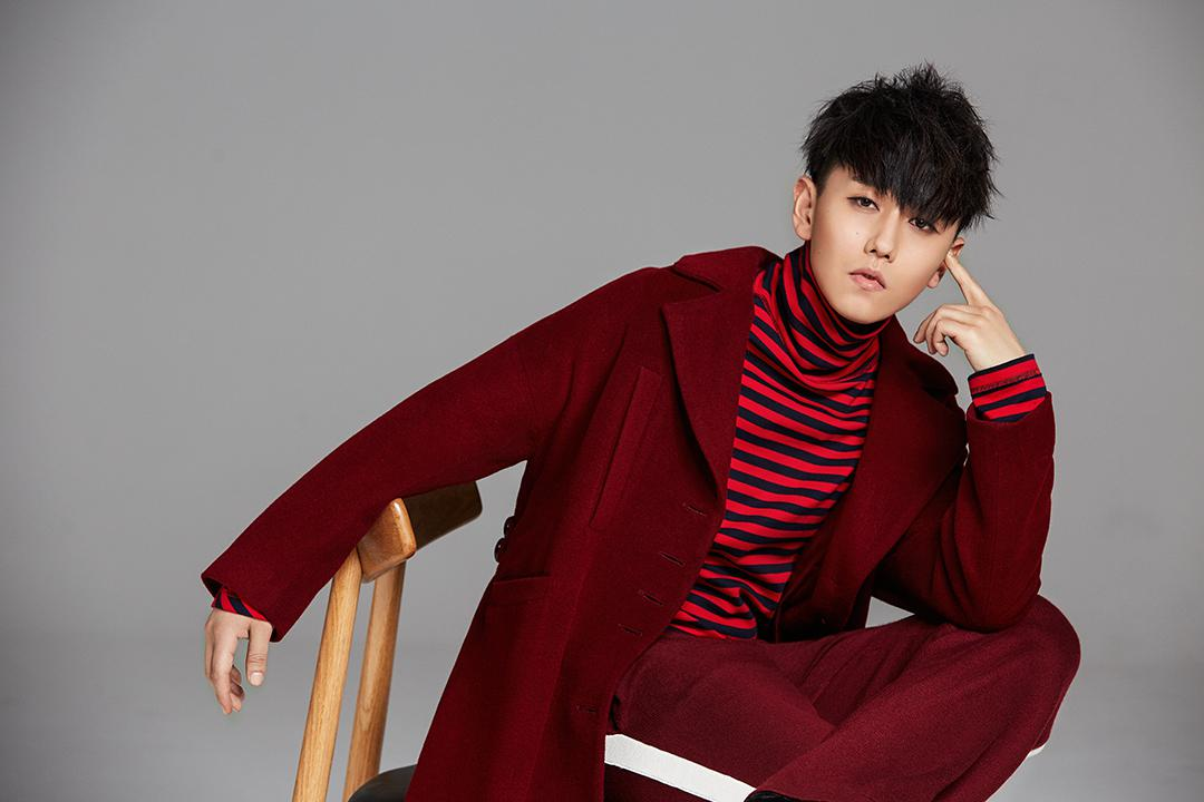 赵泳鑫独特唱法演绎《柜中美人》片尾曲《寒风》