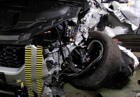 成绩获优 WEY品牌公开挑战IIHS碰撞测试