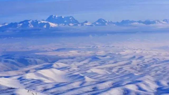 走进冬季的小红沟  寻找美丽童话世界