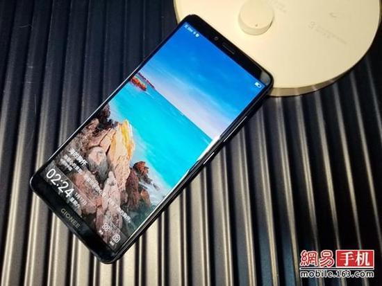 全面屏安全手机金立M7评测:表现均衡性能够用