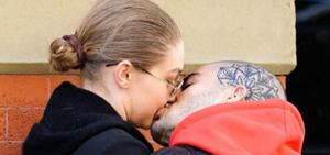 年度好戏:Gigi和美渣被拍接吻复合!