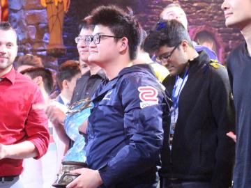 炉石HCT世界总决赛 台湾选手Tom60229夺冠