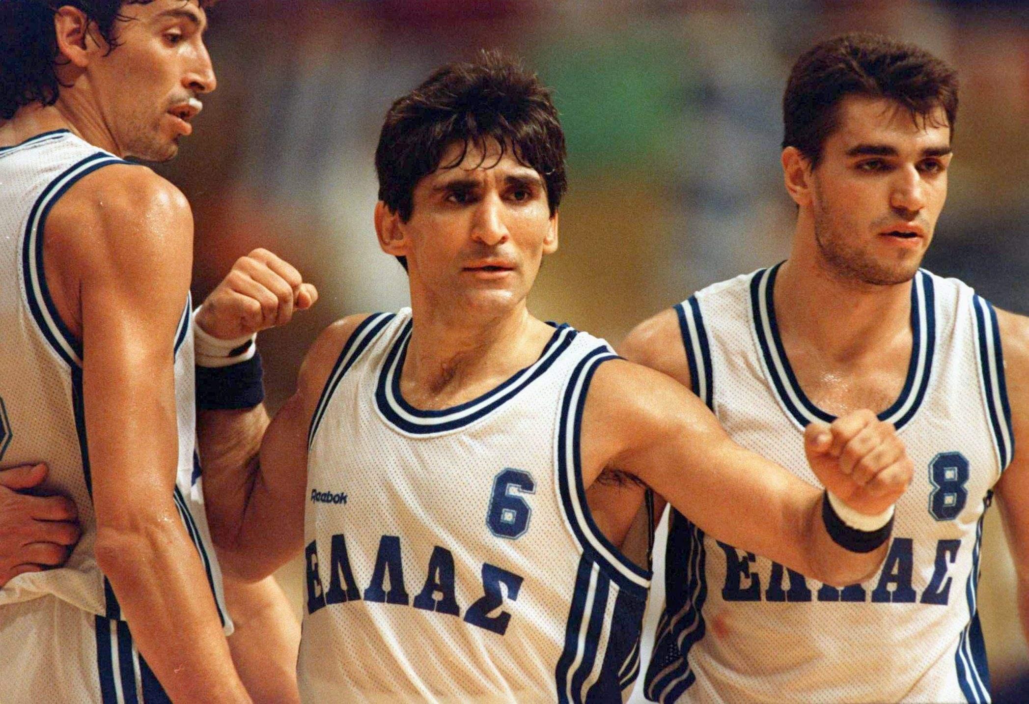 他们干掉诺天王登顶欧洲,打趴詹皇击溃梦之队征服世界,这是一部篮球希腊神话!