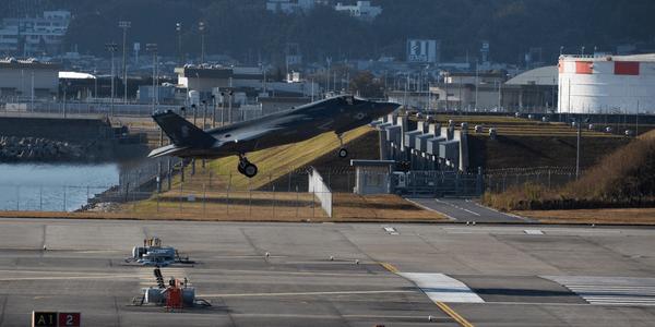 美国首个F35B中队达到满编