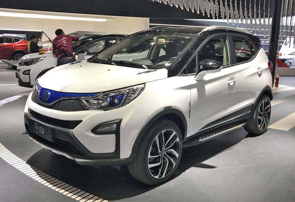 2017上海车展探馆:比亚迪元EV纯电动版