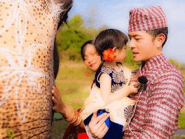 歌手拍婚照邀大象入镜 但这个动作却让他放弃了