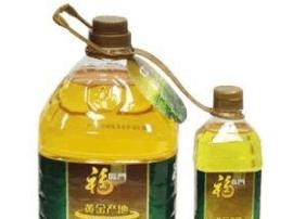 """金黄变红 福临门玉米油看着像""""酒"""""""