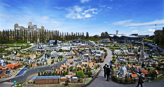 世界上最小的城市 仿佛来到了小人国一般