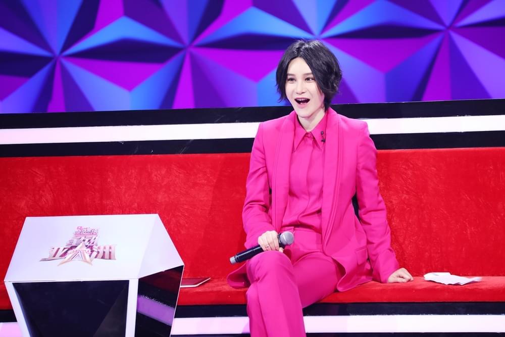 """《星动亚洲》尚雯婕遇11年""""迷弟""""感怀落泪"""