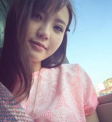 24岁香港女歌手吴若希
