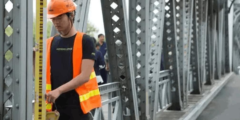 外白渡桥限载降为10吨 维修期封闭交通