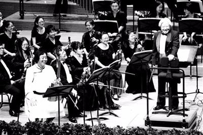 【草原群英·回望70年】永儒布:让蒙古族音乐走向世界