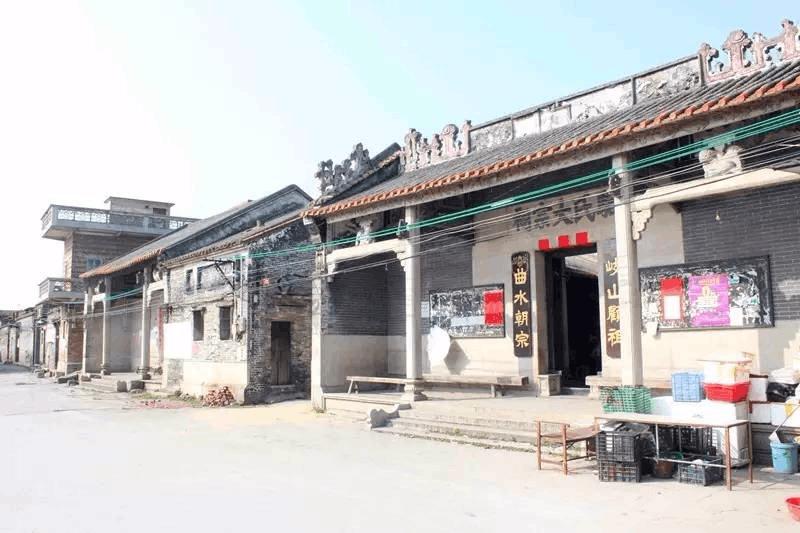 """这条村曾被誉为""""广州鱼米之乡"""" 未来要怎么走?"""