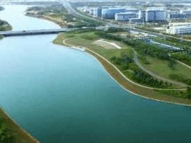 确保青岛中学按期启用 高新区推进基础建设