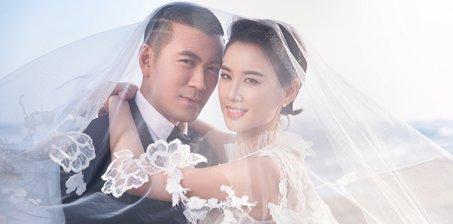 黄圣依与杨子结婚10年拍纪念婚纱照
