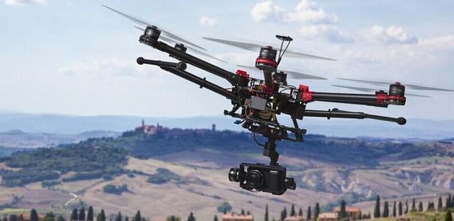 实名制购买 无人机驾驶员要考驾照