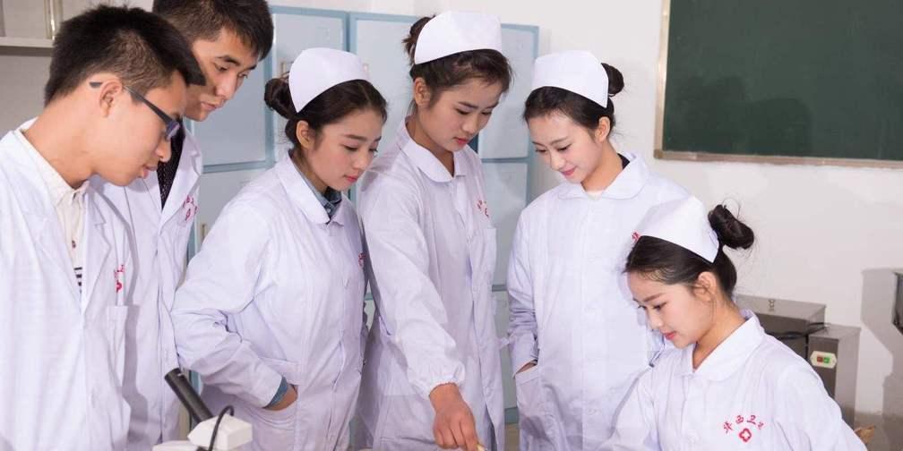 今天是护士节!带你走入白衣天使の日常