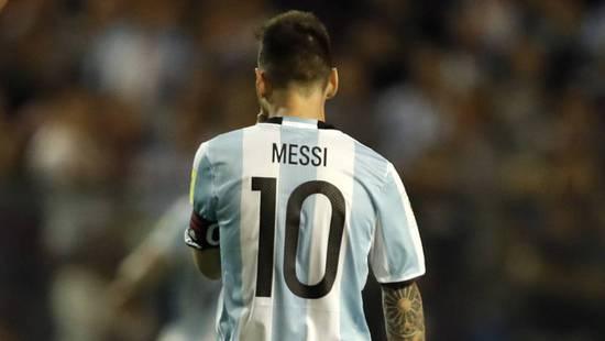 阿根廷公布世界杯号码:梅西身披10号 阿Kun19号