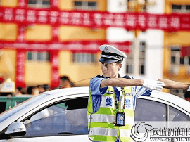 运城市交警 采取多种措施为中考护航