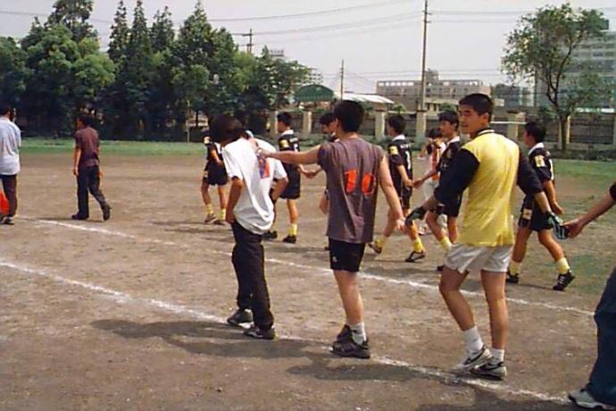 虐韩寒20球的小学生中竟藏1国脚 还挑战:欢迎韩导再来切磋