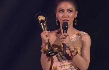 最佳国语女歌手:艾怡良