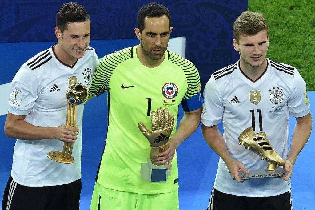 德国双子星包揽金球+金靴 智利门神戴上金手套