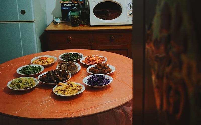 从2009年开始,田世宇老家的团圆饭桌上永远差一个人