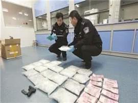 榕今年破获毒品刑事1000余起 抓获嫌疑人1200余人