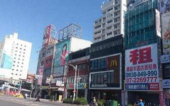 高雄火车站出现全台住宿最低价 老板:人都哪去了?