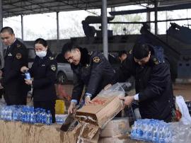 钦州市食品药品监管局集中销毁12吨伪劣食品药品