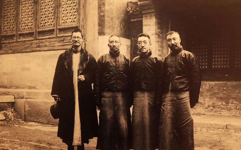 左起蒋梦麟、蔡元培、胡适、李大钊