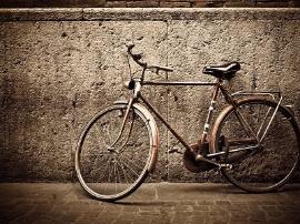 共享单车还没盈利 漏洞倒是滋生了灰色产业连