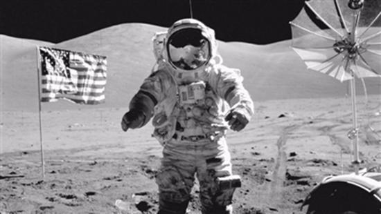 俄罗斯证实阿波罗登月真实性:月球有大量遗留物